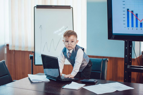 Generation Gap - Closing the Generation Gap in the Workplace - Distance Learning CPD